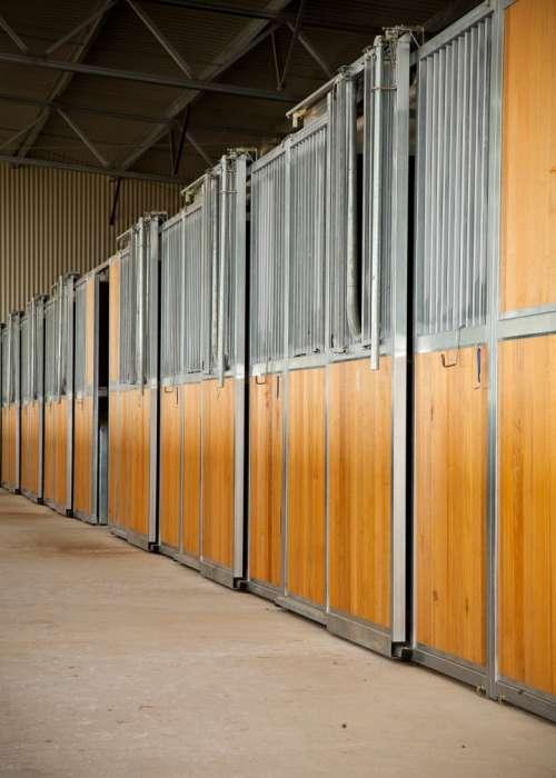 Adj 52 Horse Arena