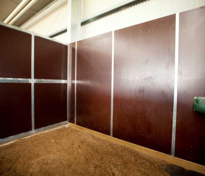 Adj 31 Horse Arena